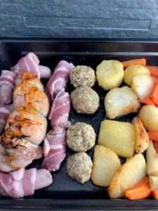 Christmas dinner for 2 turkey potatoes pigs in blankets stuffing in tray