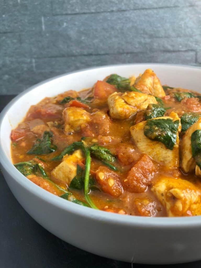 Easy chicken Balti Curry Recipe in bowl
