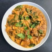 Chicken Korma with spianch