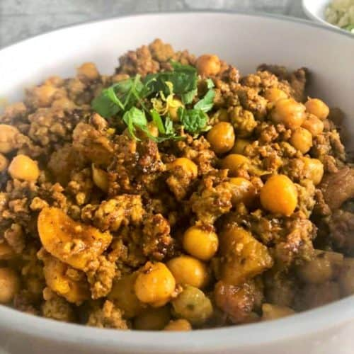 lamb tagine with apricots in a bowl